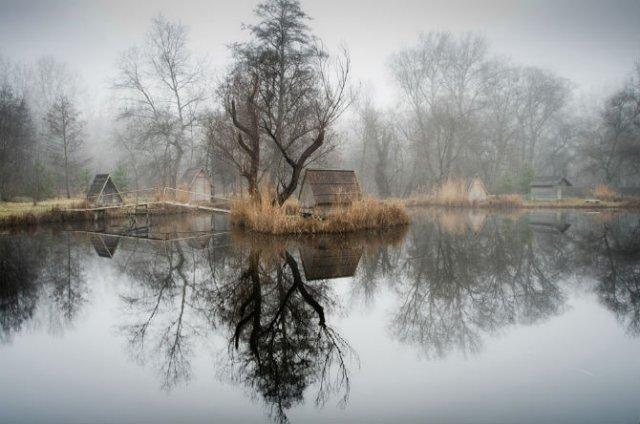 Frumosul firesc al unui sat de pescari, in poze mistice - Poza 6