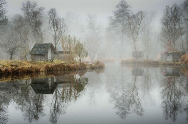 Frumosul firesc al unui sat de pescari, in poze mistice - Poza 4
