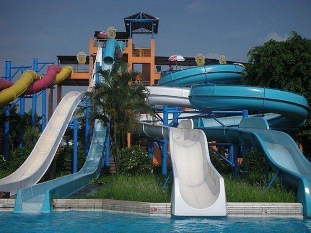 Pentru clipe racoroase: 20+ Parcuri acvatice spectaculoase - Poza 16