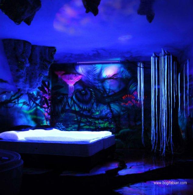 Magia noptii: Cand luminile se sting, peretii prind viata - Poza 7