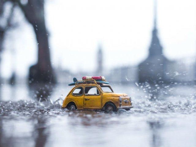 Explorand lumea cu autovehicule in mininatura - Poza 5