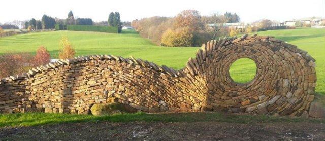 Fostul zidar care transforma piatra in arta - Poza 2