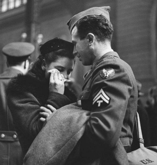 Intensitatea romantismului din timpul razboaielor - Poza 3