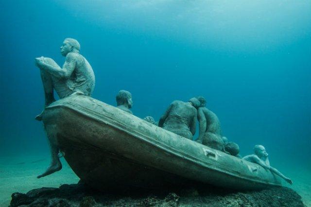 Oamenii apelor in cautarea necunoscutului - Poza 9