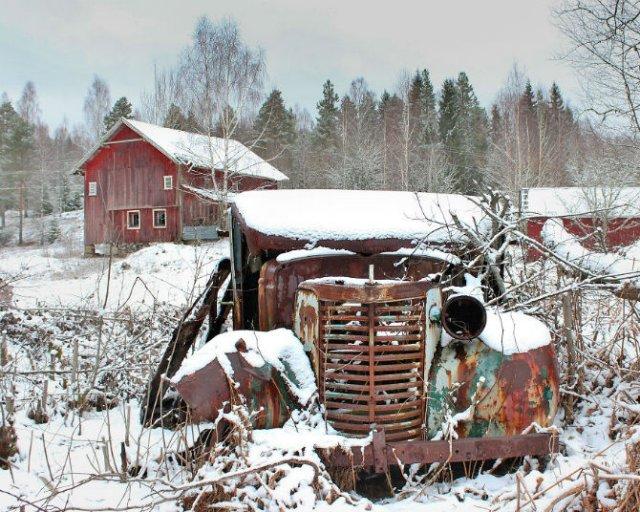 Frumusetea caselor abandonate de pe taramurile nordice - Poza 15