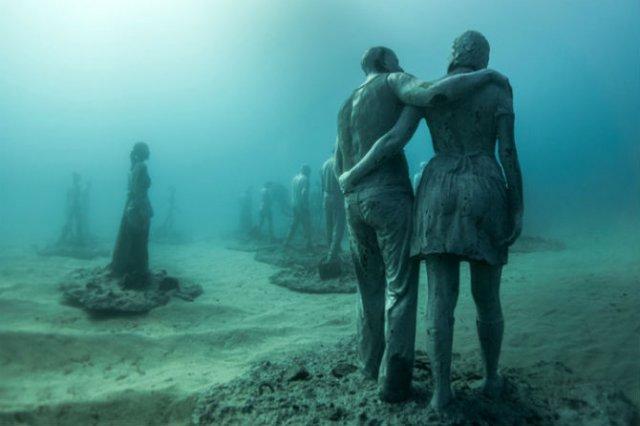 Oamenii apelor in cautarea necunoscutului - Poza 3