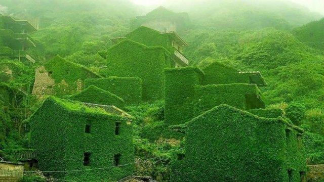 Frumusetea celor mai bizare locuri din lume