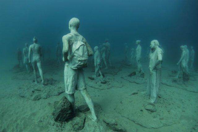 Oamenii apelor in cautarea necunoscutului - Poza 2