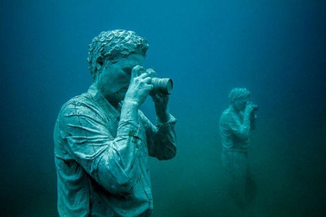 Oamenii apelor in cautarea necunoscutului - Poza 5