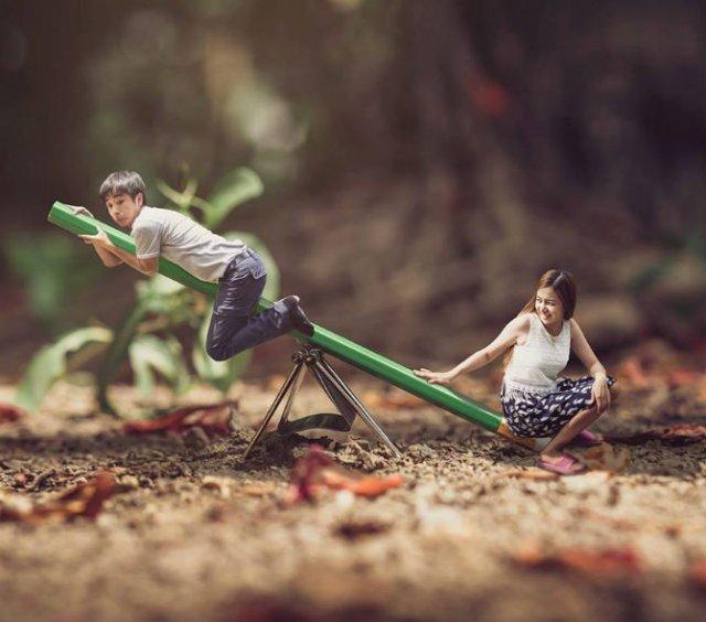 Cupluri miniaturale, intr-un pictorial suprarealist - Poza 1
