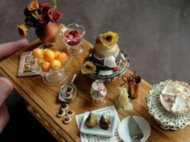 Delicii culinare miniaturale, de Kim Clough - Poza 8