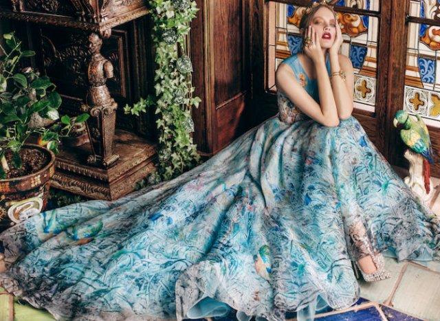 Pictura clasica pe rochii fabuloase - Poza 9