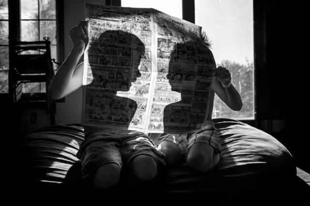Copiii lumii, in poze alb-negru - Poza 1