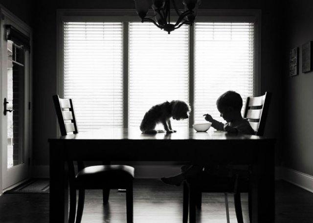 Copiii lumii, in poze alb-negru - Poza 9