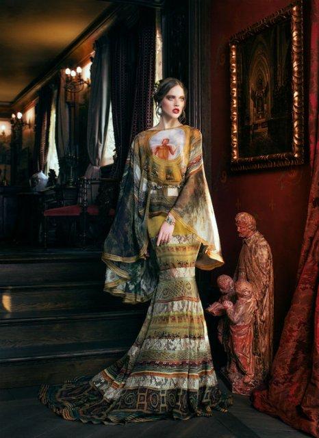 Pictura clasica pe rochii fabuloase - Poza 5