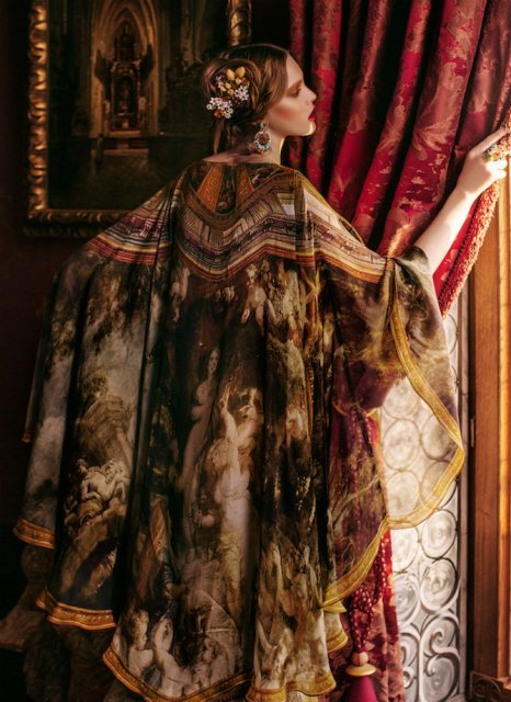 Pictura clasica pe rochii fabuloase - Poza 6