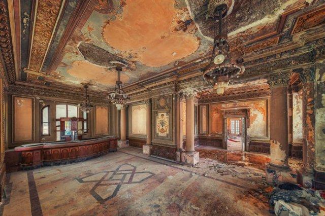 Locuri abandonate superbe, in poze fascinante - Poza 10
