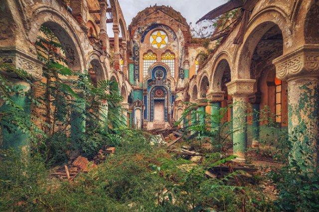 Locuri abandonate superbe, in poze fascinante - Poza 9