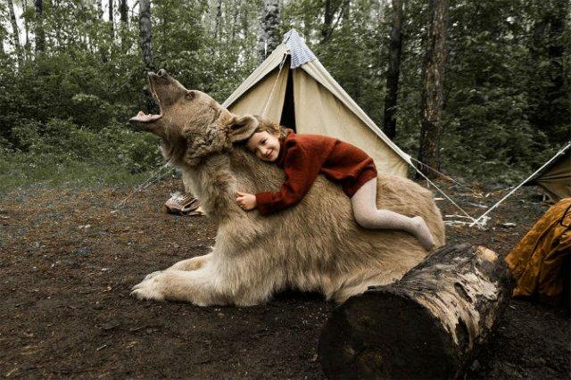 Cel mai simpatic urs, intr-o poveste de familie - Poza 5