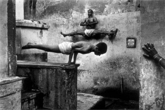 Arta de a-ti depasi limitele: Antrenamentul calugarilor Shaolin - Poza 1