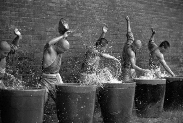 Arta de a-ti depasi limitele: Antrenamentul calugarilor Shaolin - Poza 7