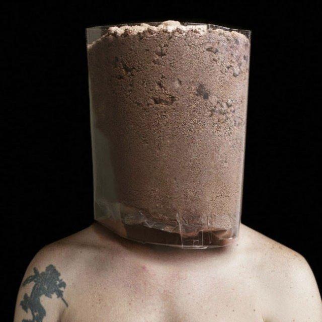 Autoportrete senzoriale: Fuziunea corpului uman cu un corp artificial - Poza 1