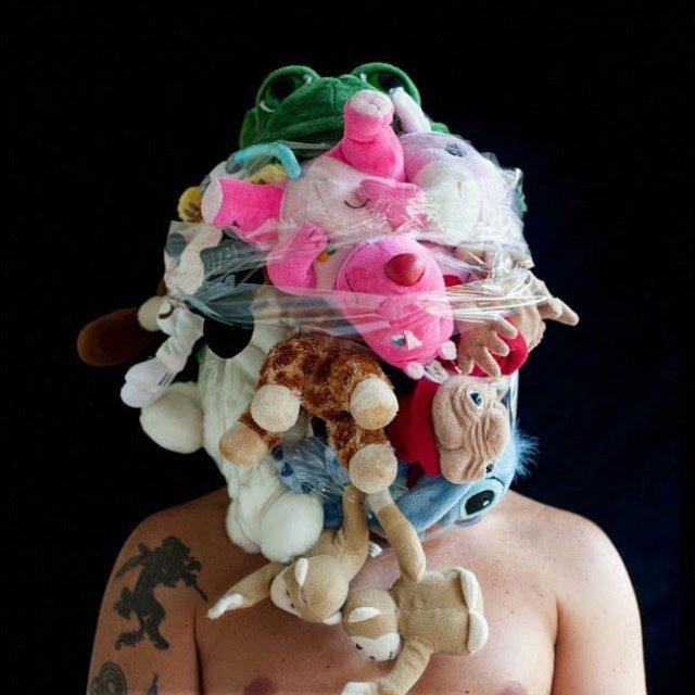 Autoportrete senzoriale: Fuziunea corpului uman cu un corp artificial - Poza 3