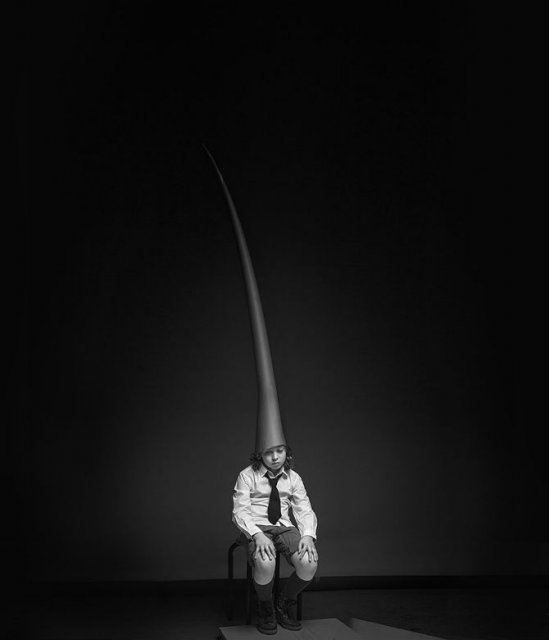 Copiii lumii, in poze alb-negru - Poza 19