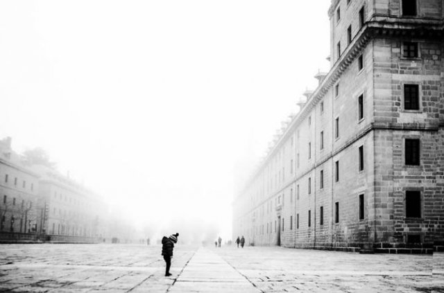 Copiii lumii, in poze alb-negru - Poza 24