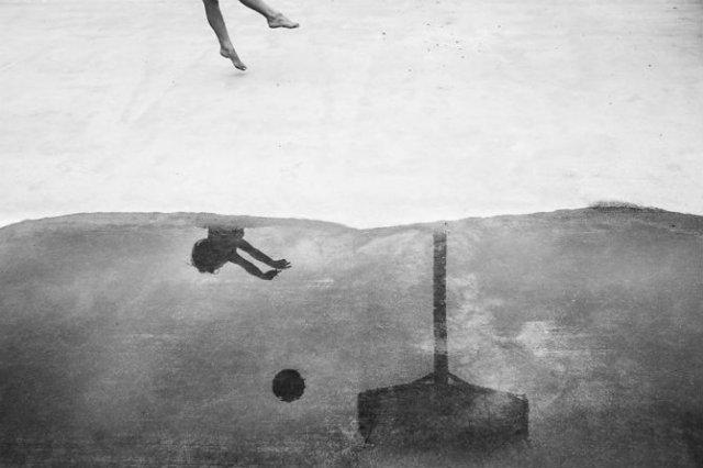 Copiii lumii, in poze alb-negru - Poza 26