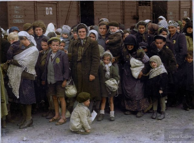 Istorie in culori: Momente cenusii din trecut, readuse la viata - Poza 1