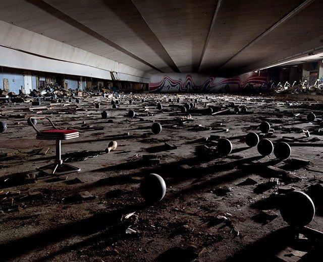 Cele mai frumoase locuri abandonate din lume - Poza 25