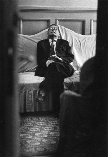 Sapte decenii de fotografie sovietica, in alb si negru - Poza 12