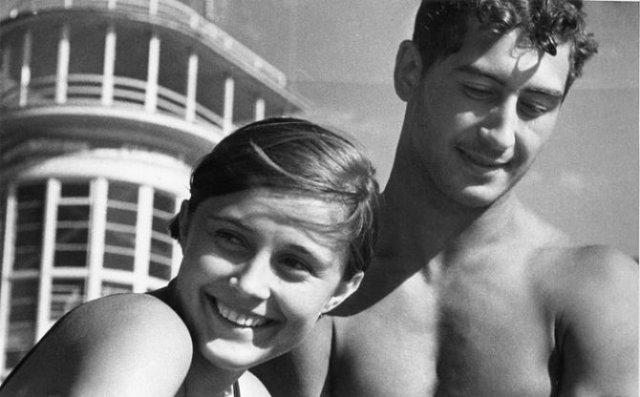 Sapte decenii de fotografie sovietica, in alb si negru - Poza 4
