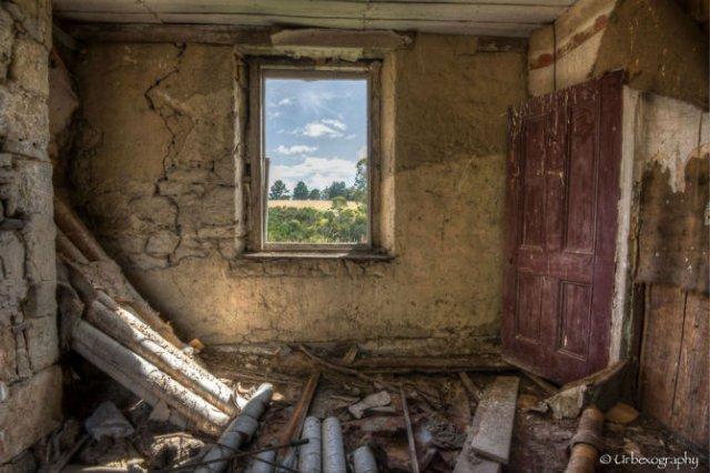 Ferestrele magice: Aduc un aer viu cladirilor abandonate - Poza 1