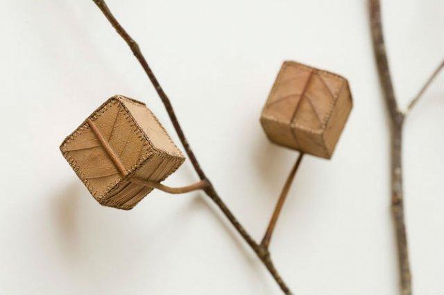 Toamna se impletesc contrastele: Ornamente crosetate in frunze uscate - Poza 3