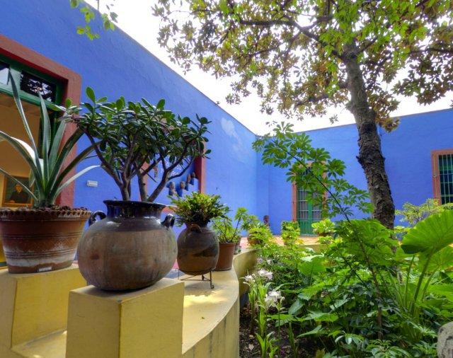 Casa Azul: Un tur memorabil in cel mai intim loc al Fridei Khalo - Poza 1