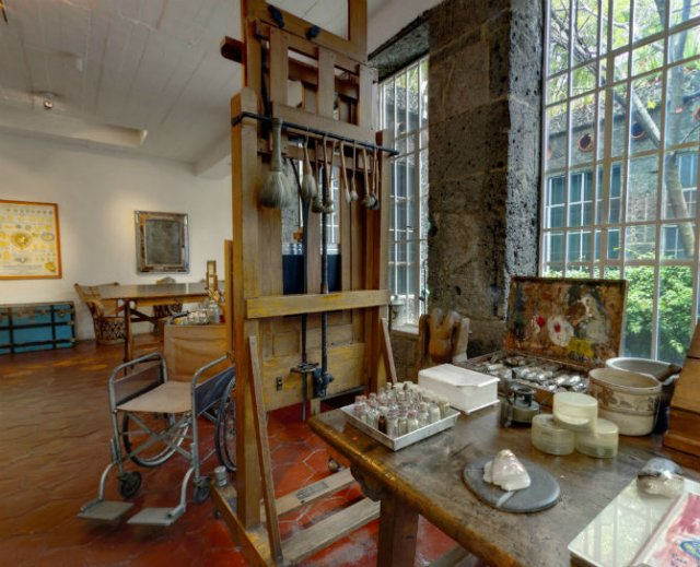 Casa Azul: Un tur memorabil in cel mai intim loc al Fridei Khalo - Poza 4