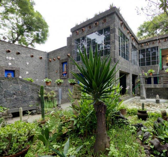 Casa Azul: Un tur memorabil in cel mai intim loc al Fridei Khalo - Poza 6