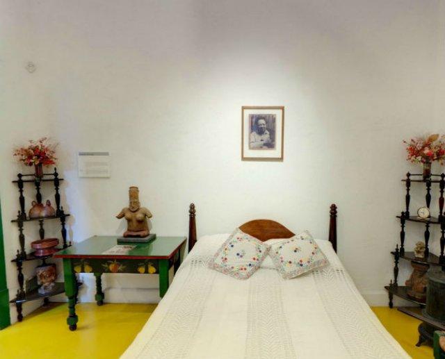 Acasa la Fridei Khalo: Turul virtual al celui mai intim loc al artistei