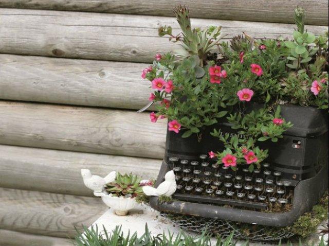 Idei de refolosire a mobilierului vechi pentru decoarea gradinii