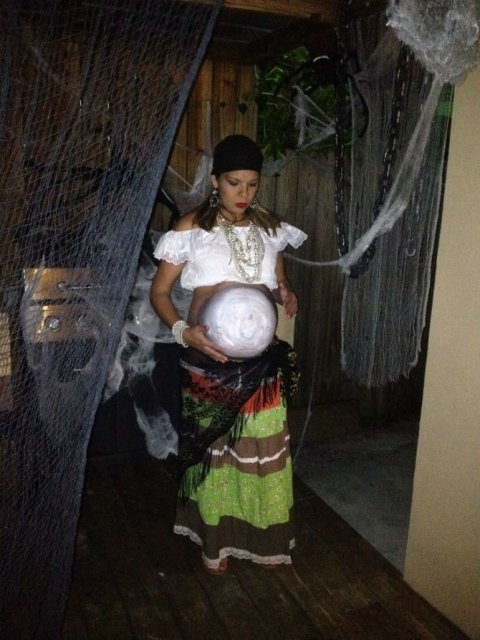 Moda pentru gravide: 16 costume trasnite, de Halloween - Poza 15