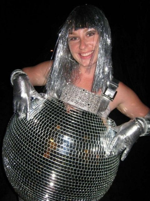 Moda pentru gravide: 16 costume trasnite, de Halloween - Poza 7