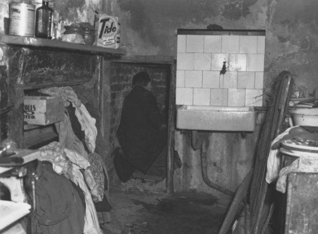 Casele groazei: Opt locuinte ale unor criminali in serie sangerosi - Poza 3