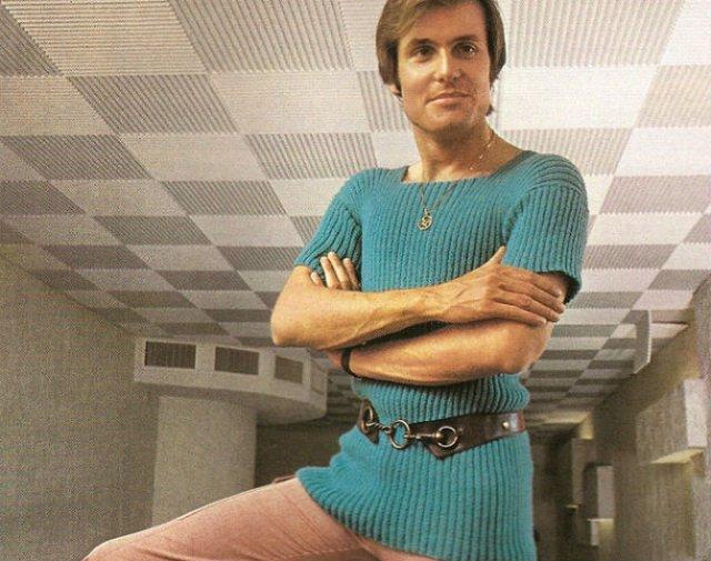Inapoi in timp: Moda anilor `70 in reclame celebre ale epocii - Poza 4