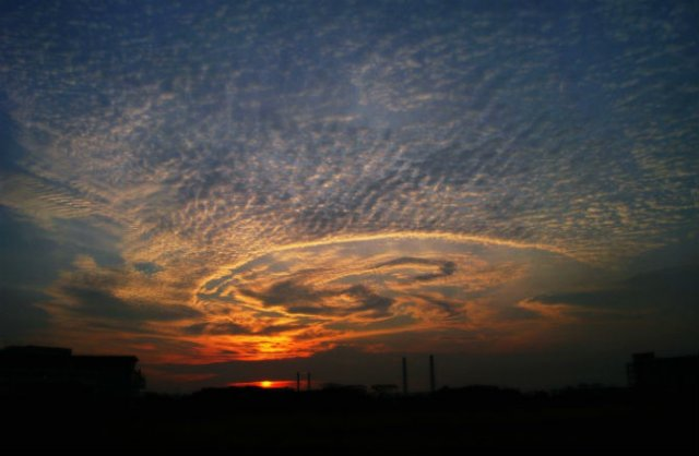 Calatorie aeriana printre cei mai frumosi nori - Poza 2