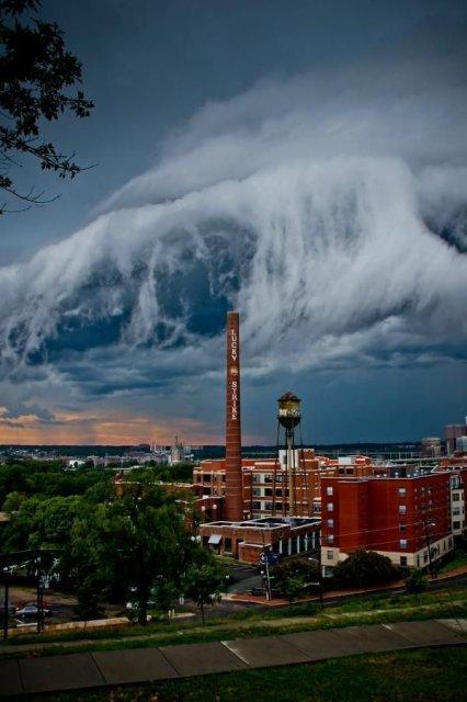 Calatorie aeriana printre cei mai frumosi nori - Poza 3