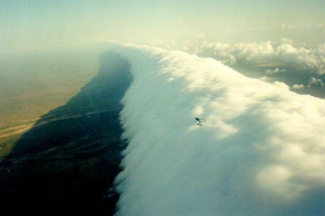 Calatorie aeriana printre cei mai frumosi nori - Poza 5