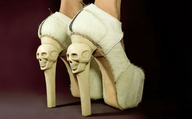 O colectie de pantofi iesita din comun