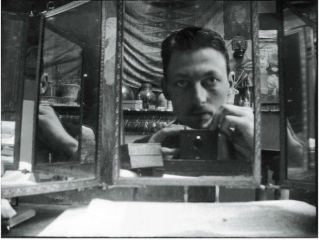 Cele mai vechi selfi-uri din lume - Poza 1